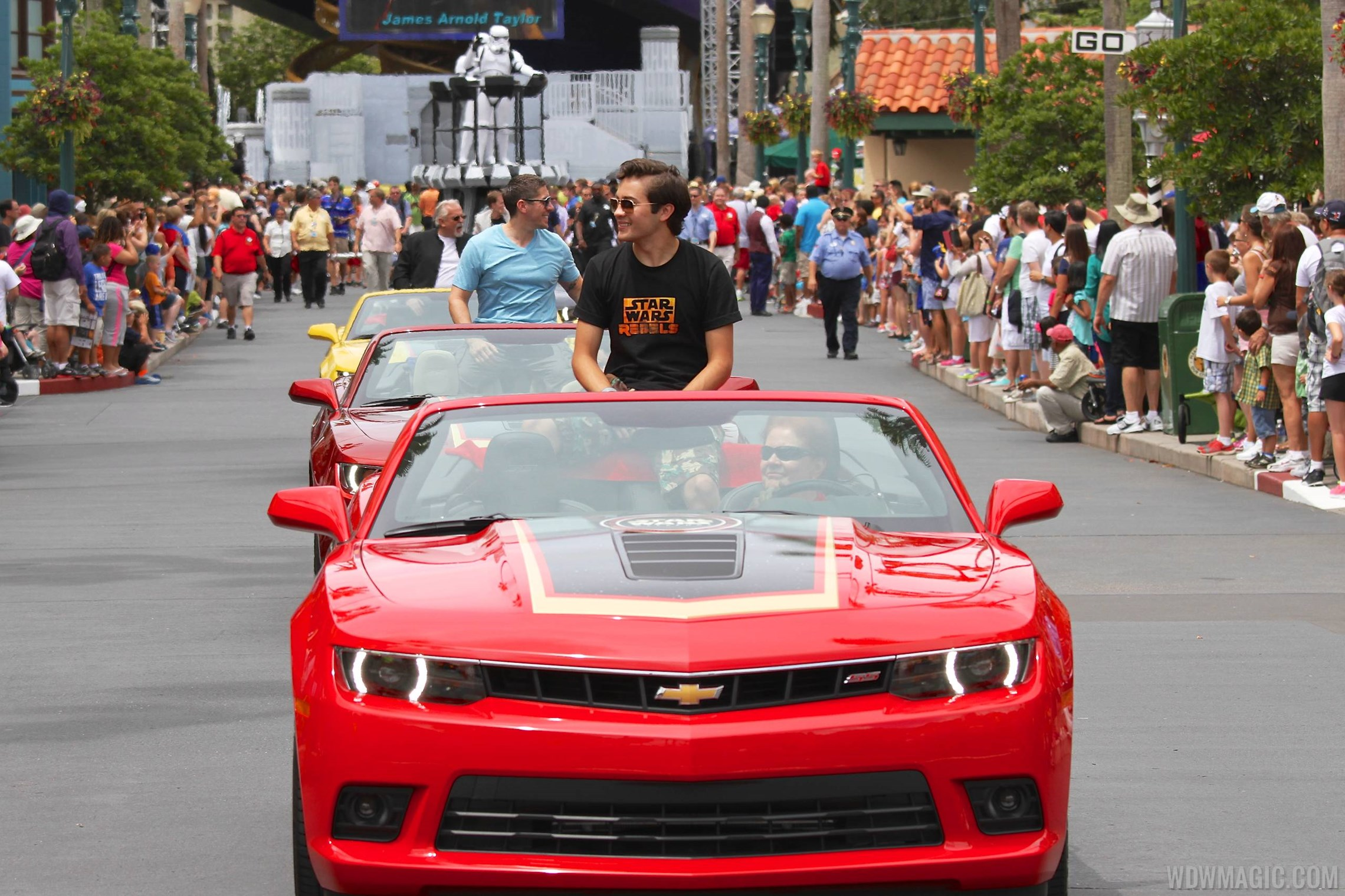 2014 Star Wars Weekends - Weekend 3 Legends of the Force motorcade celebrities