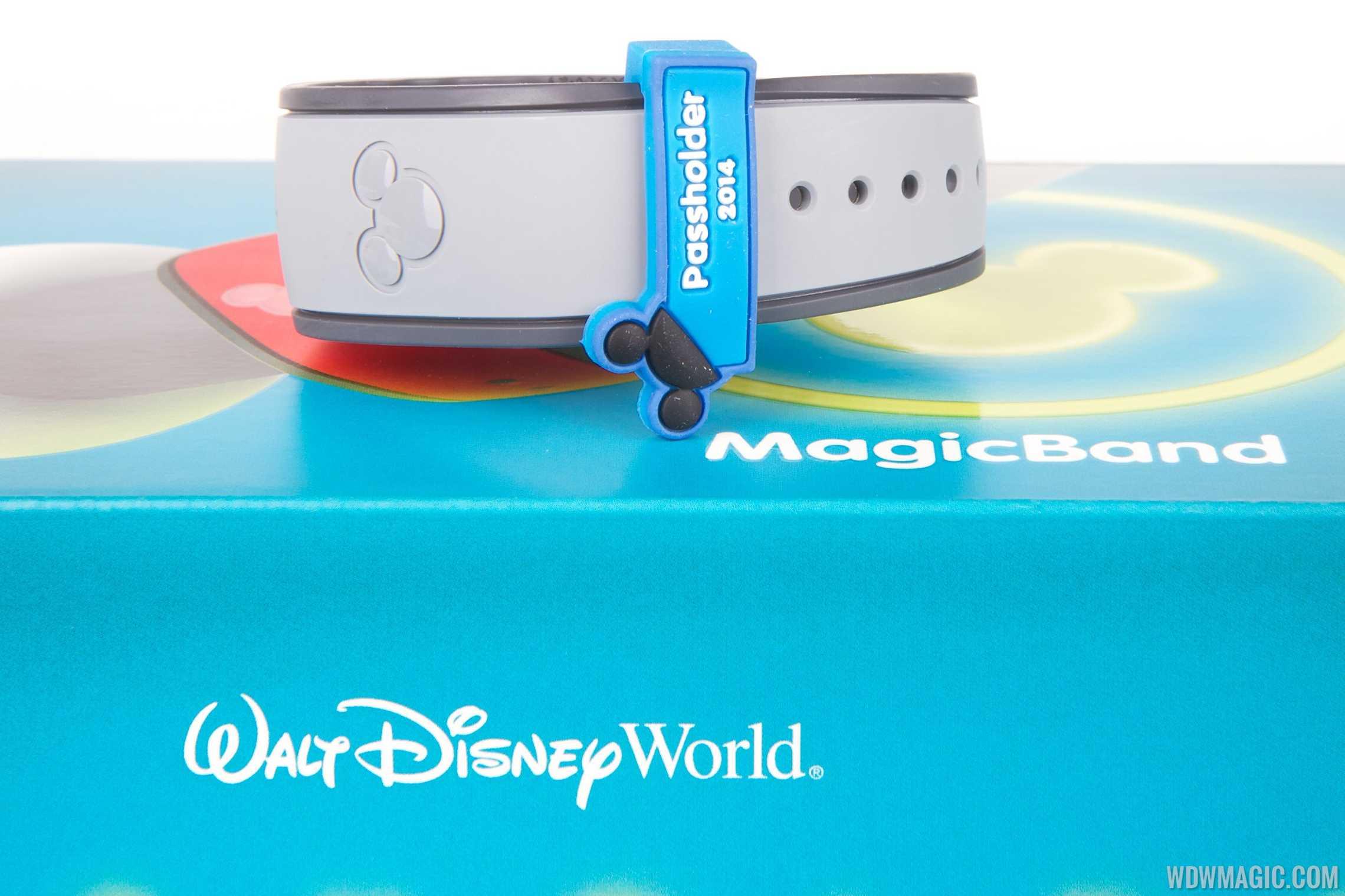 Passholder MagicBand closeup