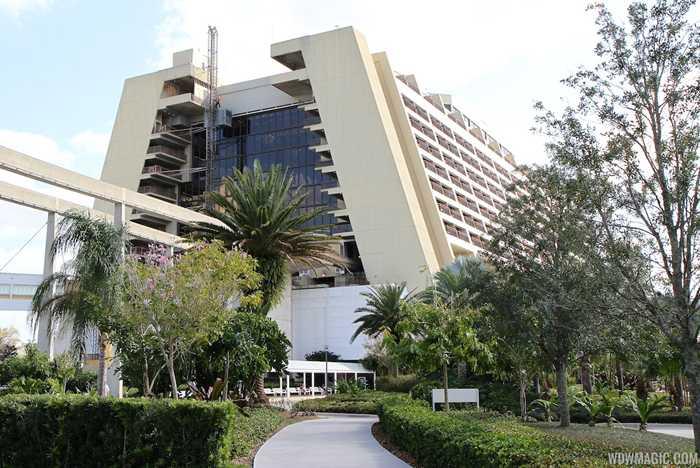 Contemporary top floor refurbishment crane