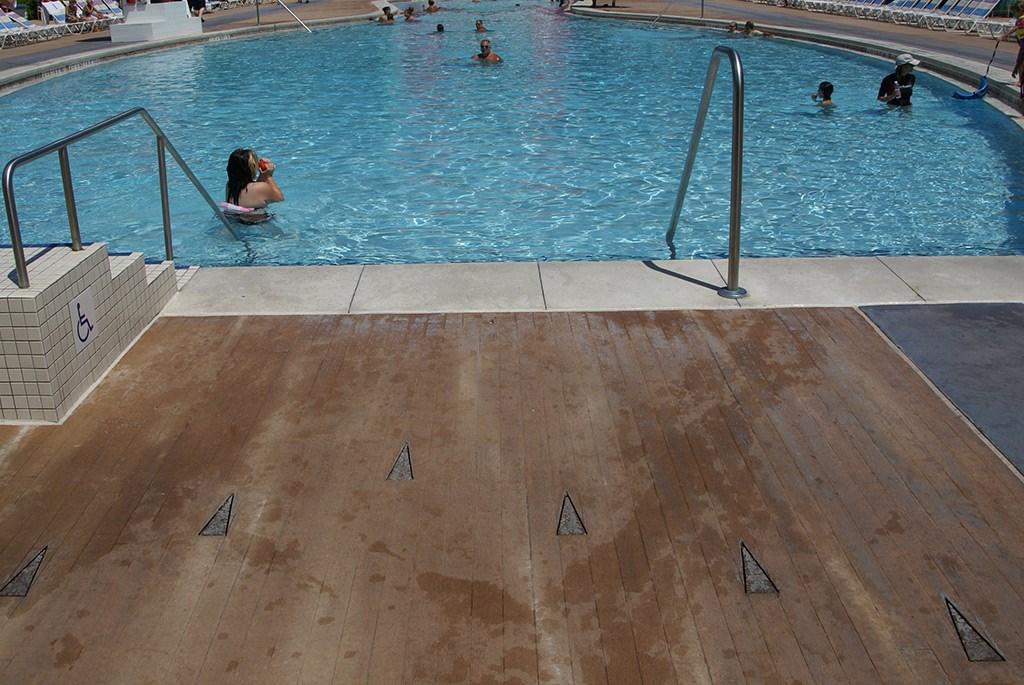 Bowling Pool