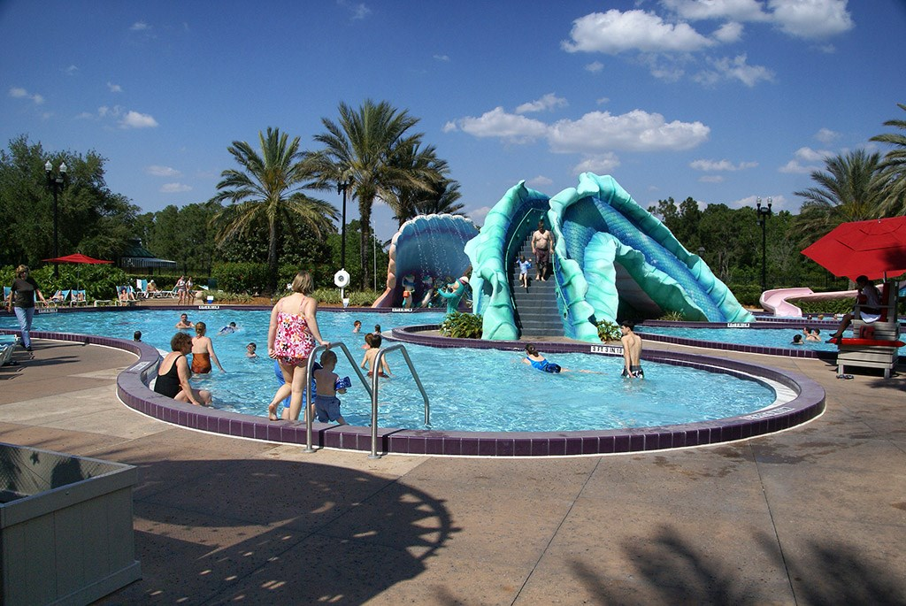 Disney's Port Orleans French Quarter pool area