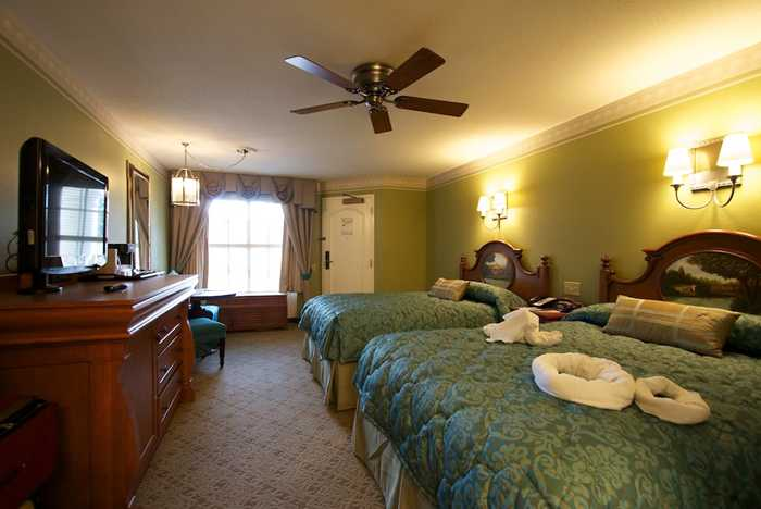 Disney's Port Orleans Riverside - 2012 refurbished guest room in Magnolia Terrace