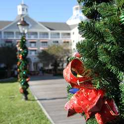 Yacht Club Resort holiday decorations 2009