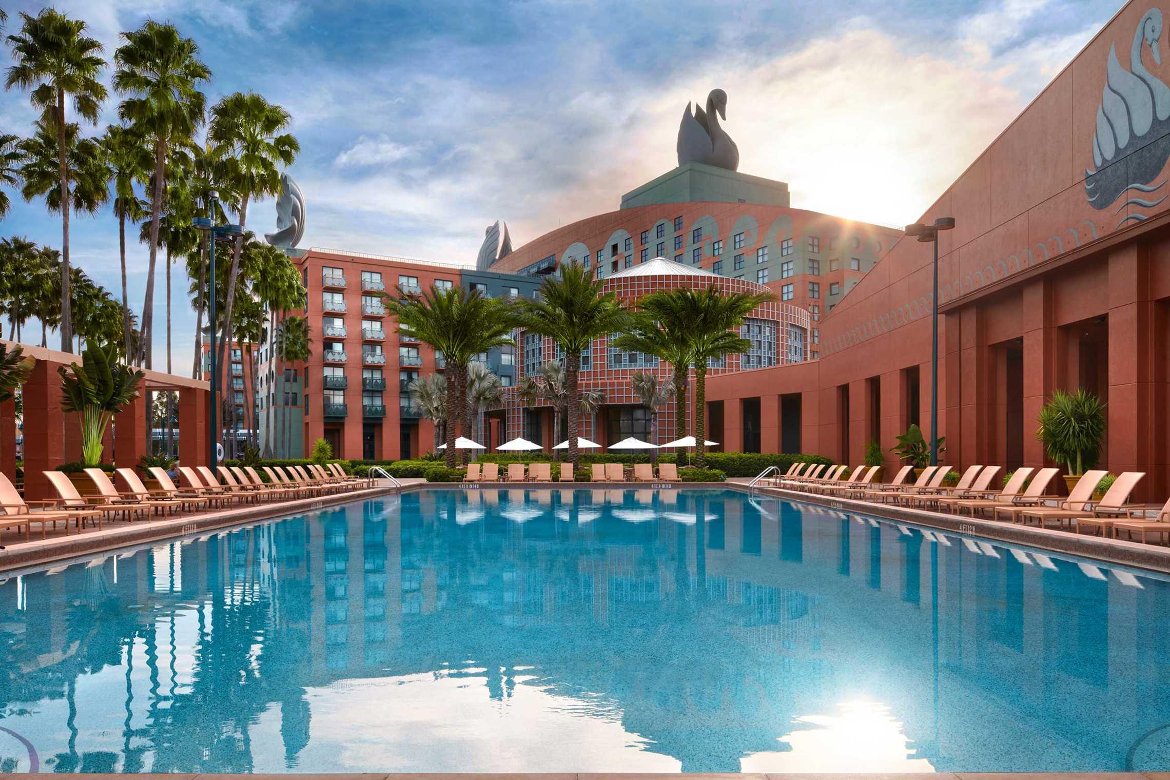 Dolphin Beach Hotel Breakfast