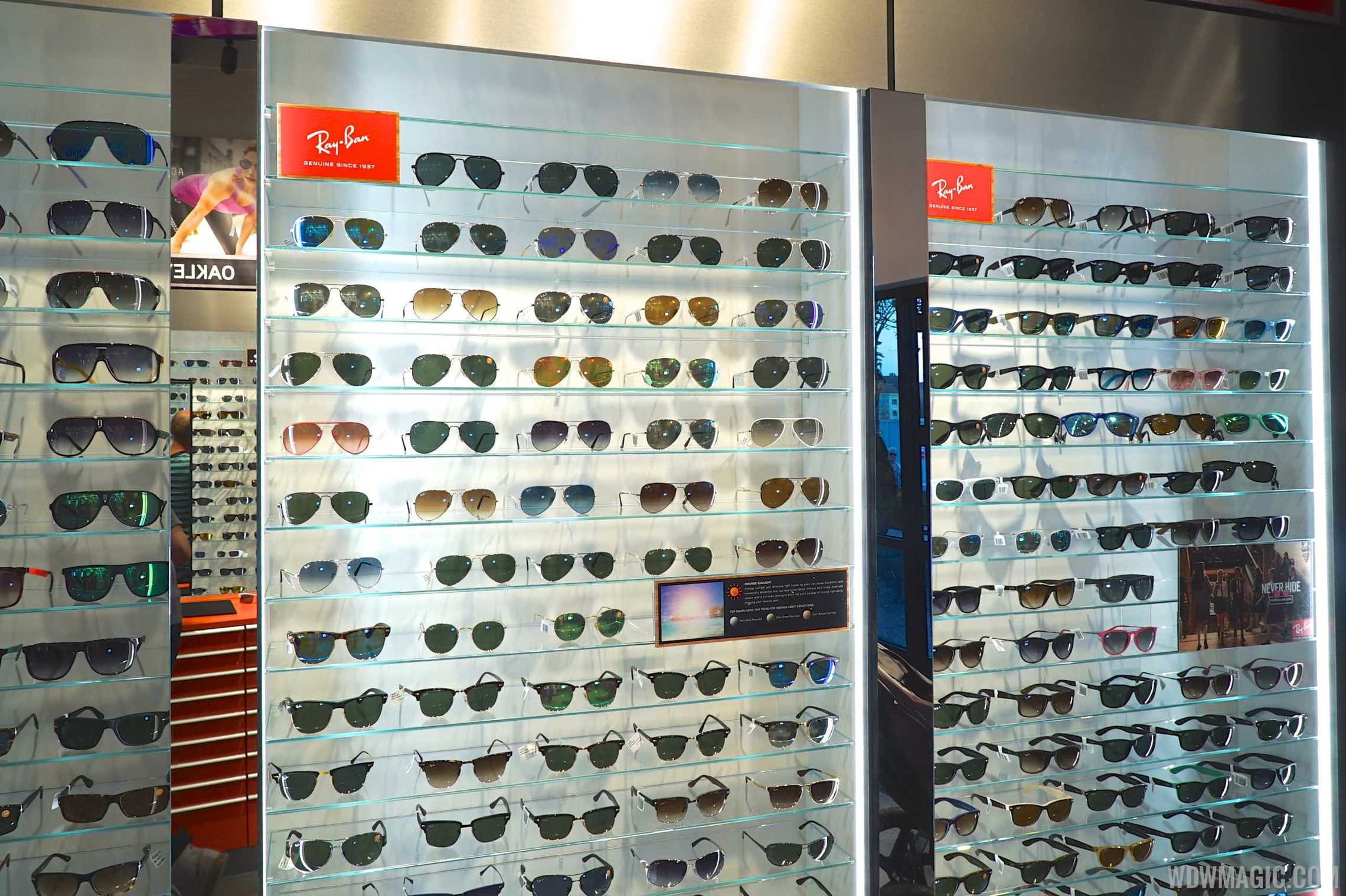 APEX by Sunglass Hut - Ray-Ban display