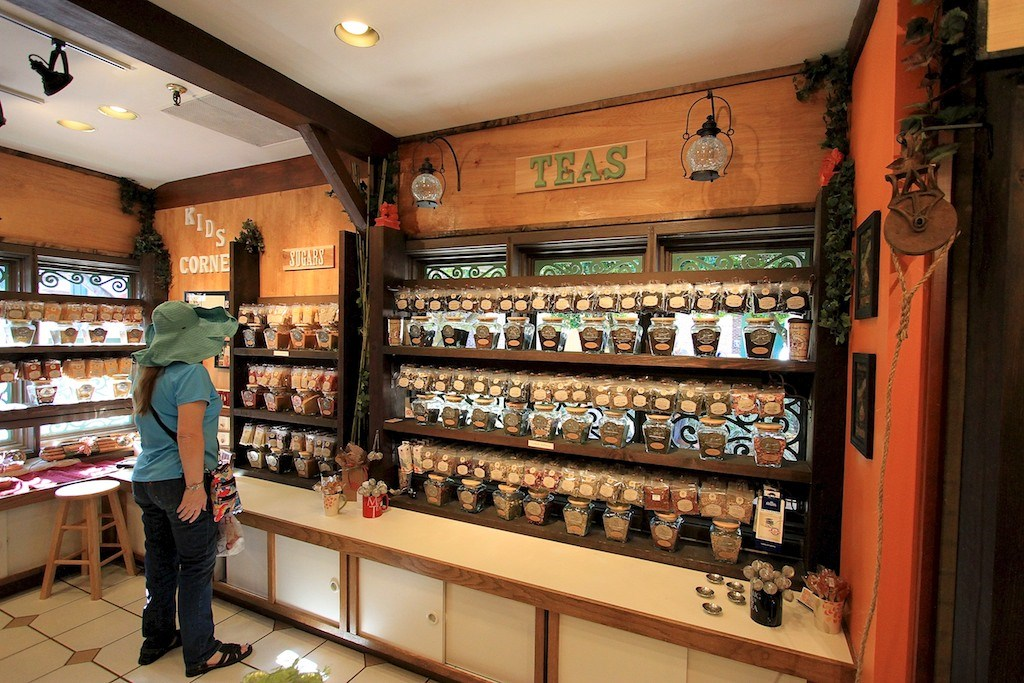The Spice and Tea Exchange