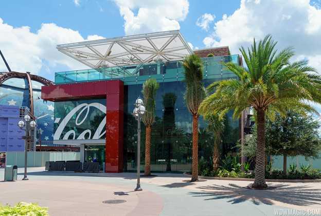 Coca-Cola Store construction