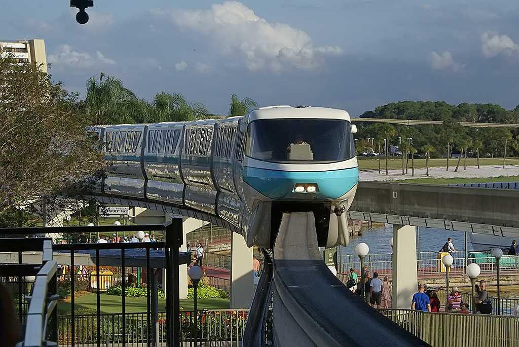 Monorail Teal entering the Magic Kingdom station