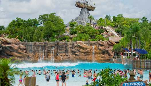 Typhoon Lagoon's cold weather closure extended into next week